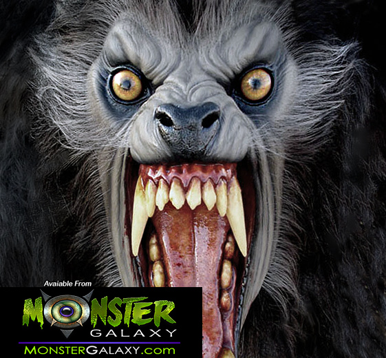 An American Werewolf in London Wolf Bust 1:1 scale Collectible Lycans Figure Display Mask